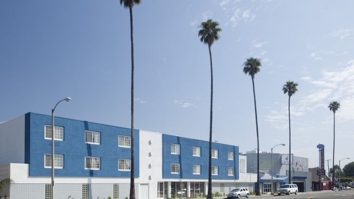 Exterior View of Inn at Marina del Rey