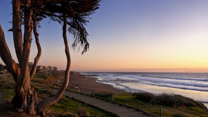 Top Cambria Ca Hotels On Moonstone Beach Official Hotel