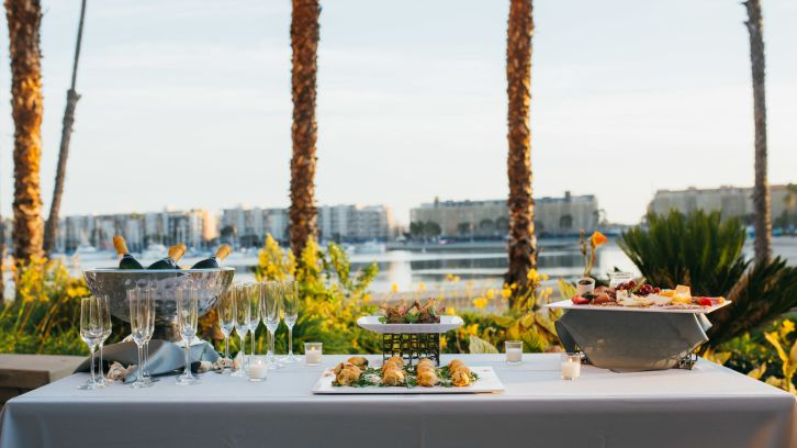 outdoor table setting, champaing and appetizers